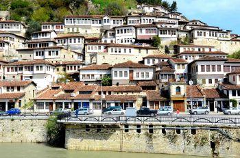 Berat: Albania, Macedonia, Kosovo