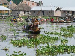 Ciudad flotante de Ganvié en el lago Nokoué: Benin, Togo