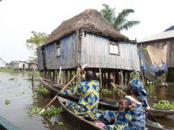 Ciudad flotante de Ganvié en el lago Nokué: Benin, Togo
