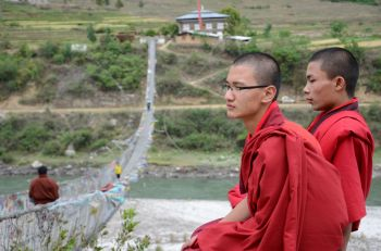 Puentes hacia los templos: Bhutan