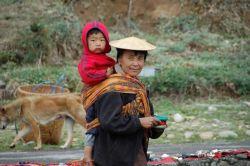 Mujer en Bhumthang: Bhutan, Nepal