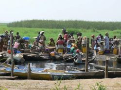 Mercado flotante Ganvié: Burkina Faso, Benin