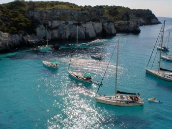 Menorca en velero: España