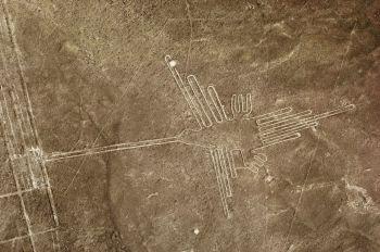 Lineas de Nazca- El Colibrí: Perú