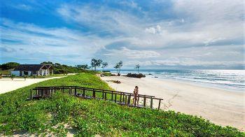 Nuestro hotel en Mequfi Beach. Mozambique.: Zambia, Malawi, Mozambique