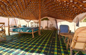 Interior de las Jaimas en el desierto de Lompoul: Senegal